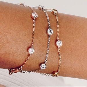 Petits Bijoux gold station bracelet